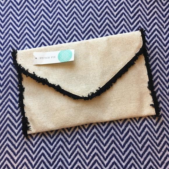 Street Level Handbags - NWT Street Level Hollyn Straw Fringe Clutch